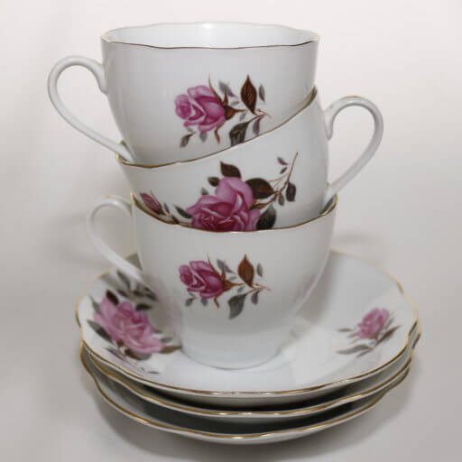 Derby Vintage China Hire's pretty tea cups can make your afternoon tea party even prettier.